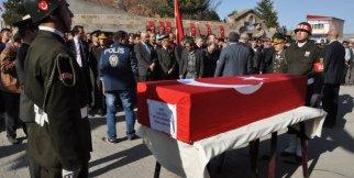 Şehit Astsubay Selçuk Karabakla Gözyaşlarıyla Ebediyete Uğurlandı. VİDEO HABER